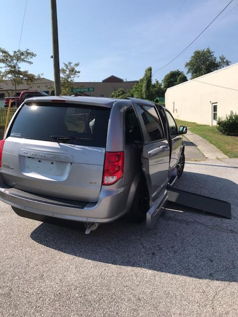 accessible minivan ramp