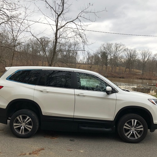 exterior honda pilot accessible suv