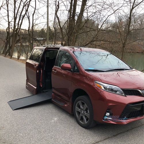 side view toyota sienna wheelchair ramp