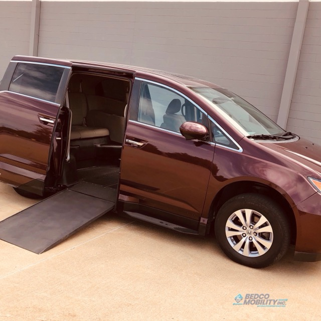 side entry accessible van honda