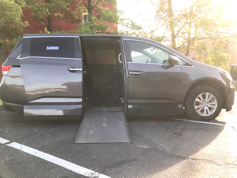 wheelchair van ramp open